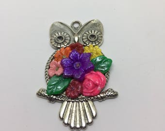 Owl with flowers pendant
