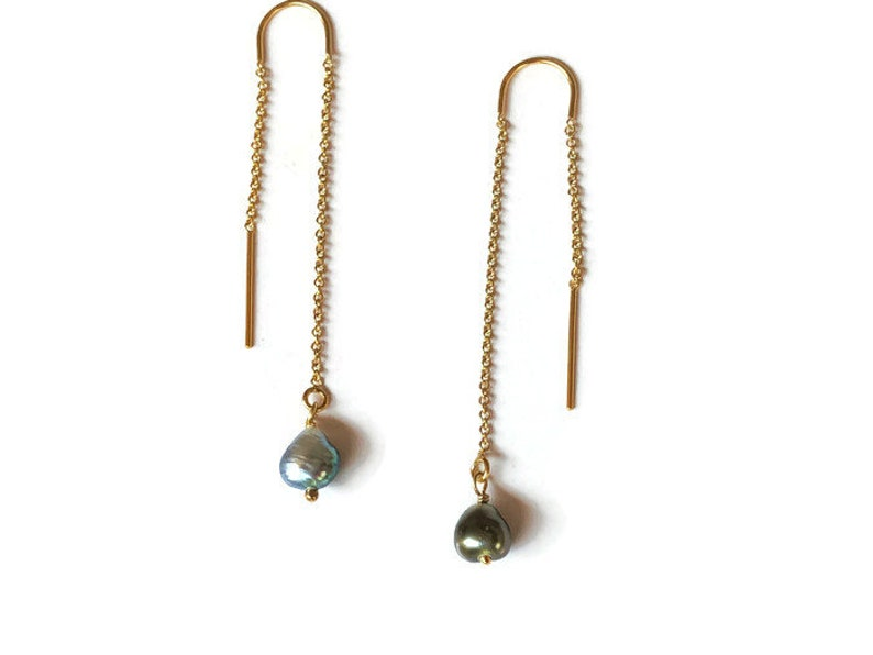 9effc9b9bd205 Pearl threader earrings, u threader, Pearl earring, Tahitian keshi pearl,  small pearl earrings