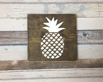 Pineapple Wood Sign | Pineapple | Wood Signs | Signs | Wooden Fruit Signs | Pineapple | Rustic Home Decor | Custom Signs | Home Decor