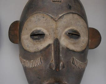 African IBO mask used