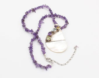 Sterling Silver Mother of Pearl Gemstone Necklace