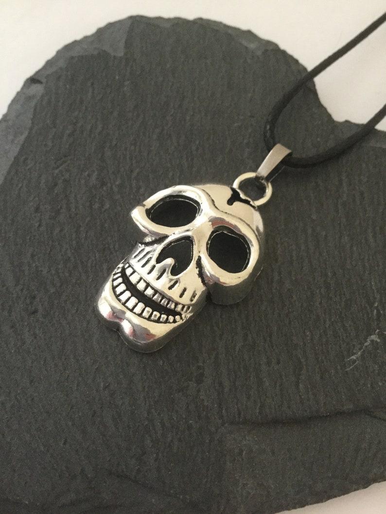 Skull necklace  skull jewellery  skull gift  Halloween jewellery  quirky jewellery  goth jewellery