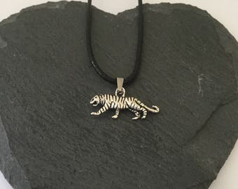 Tiger necklace/ tiger jewellery/ animal necklace/ animal jewellery/ animal lover gift