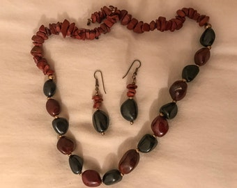 Agate Necklace and drop earring set