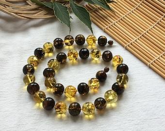 Natural Baltic amber necklace. Color - green tea. Baltic amber jewelry, Natural jewelry, Gifts for Women.
