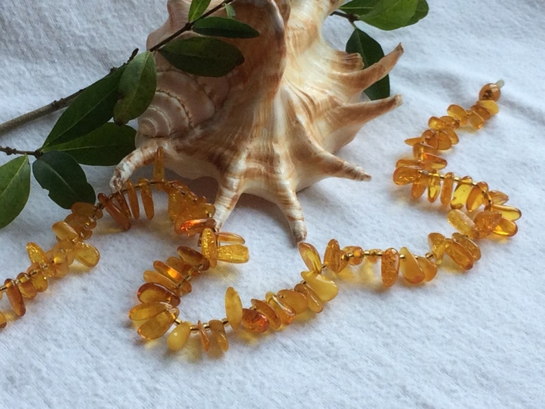 Baltic amber jewelry Gifts for Men. Natural jewelry Gifts for Women Vintage beads from solid amber