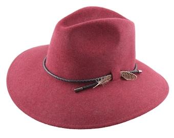 394ef03e4ea9f Le Fantasque - Burgundy felt traveller - Handmade - Wide-brimmed hat