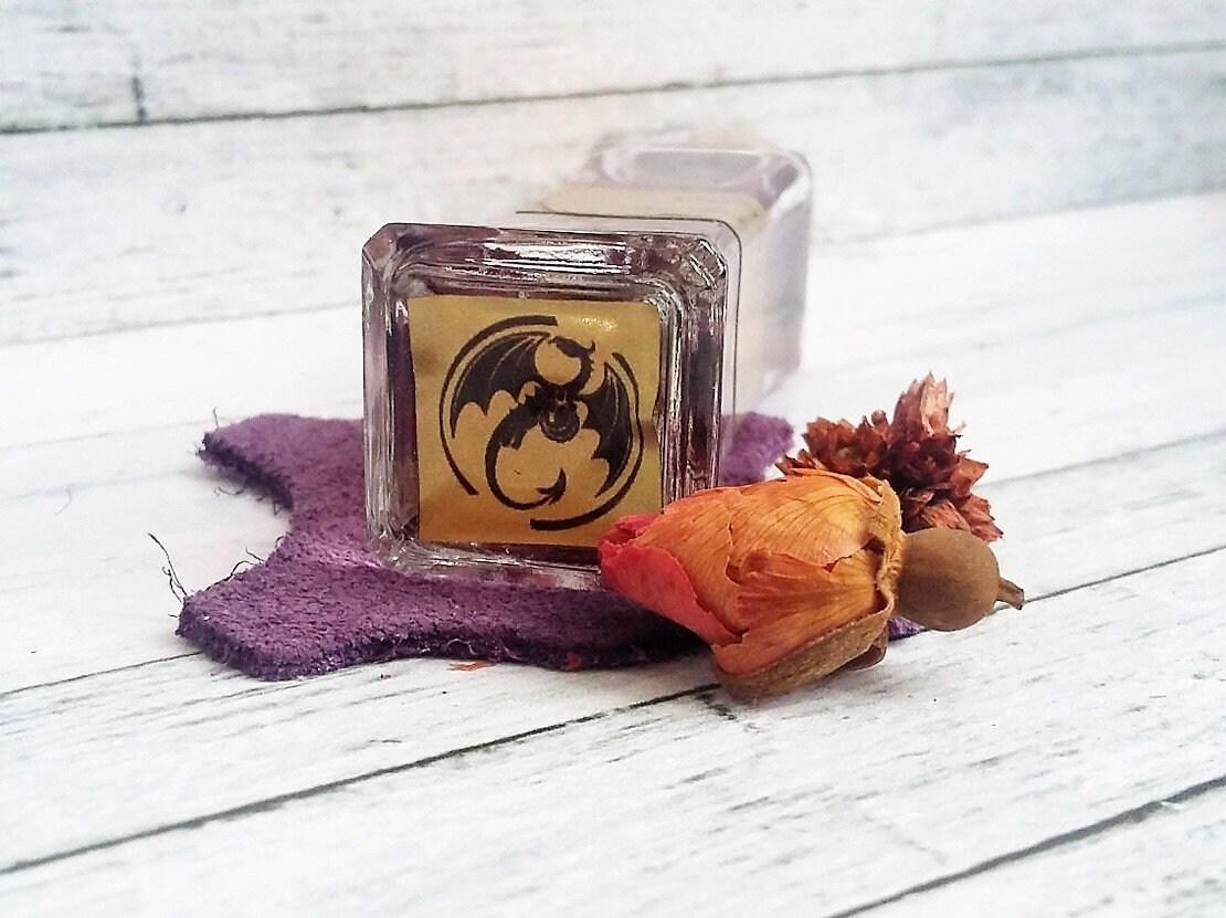 Eau de parfum Saloum 75 ml.  Parfum poudré du cuir daim.