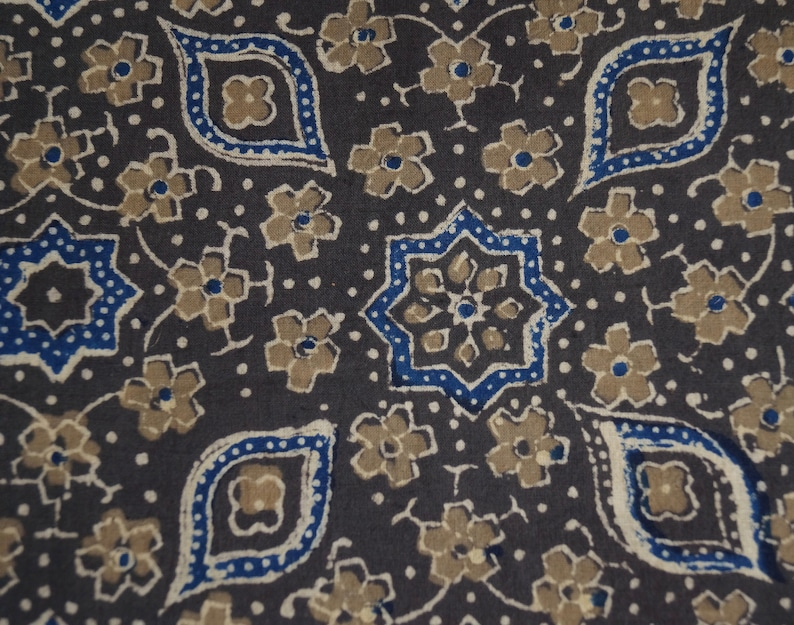 Sold by the meter. Indigo Colour brown-green Indian cotton Khaki Ajrak black Traditional print in the blockprint beige