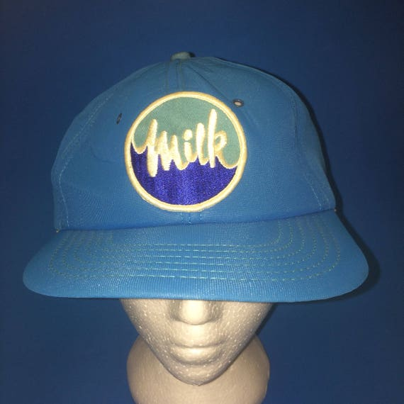 394814ef1be Vintage Milk Trucker Hat 1980s One of the snap looks broken