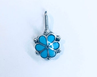 Native American Zuni handmade sterling silver turquoise flower pendent