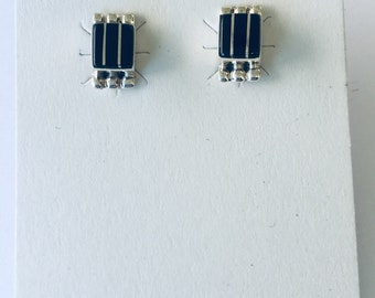 Native American Zuni inlay handmade sterling silver set with black onyx stud earrings