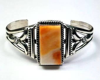 Native American Navajo handmade Sterling Silver Spiny Oyster cuff bracelet