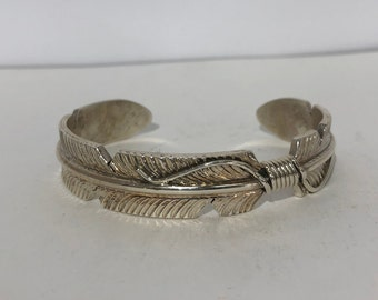 Native American Navajo Handmade Sterling Silver Feather Cuff