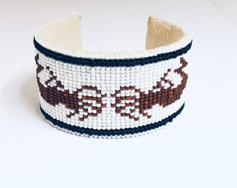 Native American Hand Crafted Navajo Seed Bead Bracelet