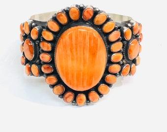Native American Navajo handmade spiny oyster shell cuff bracelet