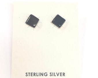 Native American Navajo handmade sterling silver and onyx earrings