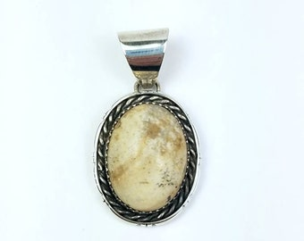 Native American Navajo handmade Sterling Silver Jasper pendant