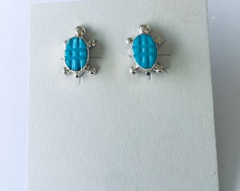 Native American Zuni handmade sterling silver and turquoise turtle design stud earrings