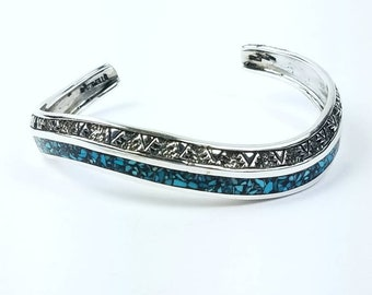 Native American Navajo handmade Sterling Silver chipped inlay Turquoise bracelet