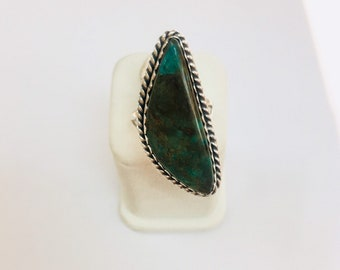 Native American Navajo hand made sterling silver turquoise ring