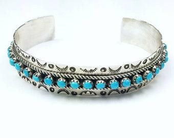 Native American Navajo handmade Sterling Silver Turquoise petit point bracelet