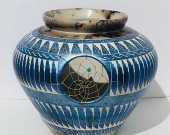 Native American handpainted horsehair hand etched pottery