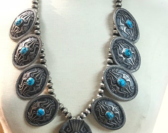 Stunning Vintage Style Native American Navajo SandCast Sterling Silver Bead Necklace