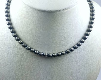 Native American Sterling Silver Navajo Pearl beaded choker necklace