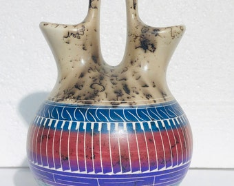 Native American Navajo etched handmade Horsehair wedding vase Pottery