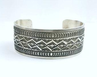 Vintage Native American Navajo handmade Sterling Silver cuff bracelet
