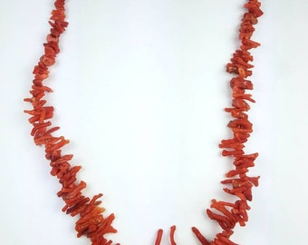 Vintage Native American Navajo hand strung Mediterranean Branch Coral necklace