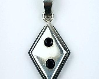 Native American Navajo handmade Sterling Silver Black Onyx pendant