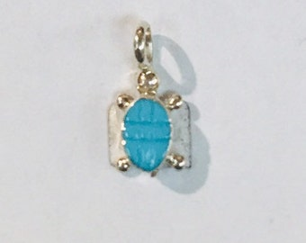 Native Anerican handmade Zuni Turquoise Inlay sterling silver turtle pendant