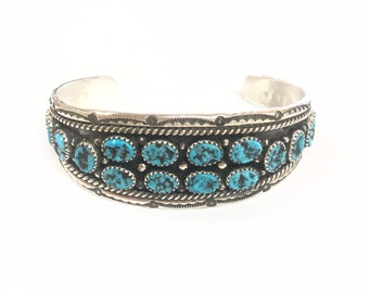 Native American Navajo handmade unisex sterling silver cuff braceket set with Kingman turquoise stones