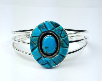 Native American Navajo handmade Sterling Silver Turquoise cuff bracelet