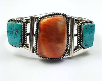 Native American Navajo handmade Sterling Silver natural Kingman Turquoise and Spiny Oyster cuff bracelet