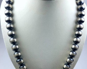 Native American Sterling Silver Navajo Pearl beaded necklace