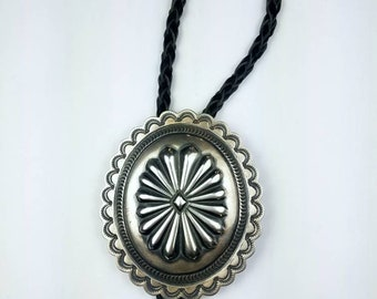 Native American Navajo handmade Sterling Silver bolo tie