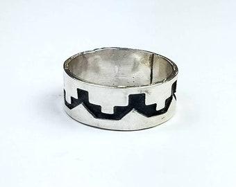 Native American Navajo handmade Sterling Silver ring