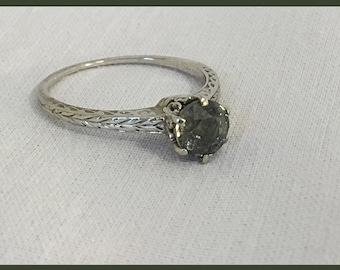 Vintage Green Sapphire Ring/Alternative Engagement Ring/Right Hand Ring