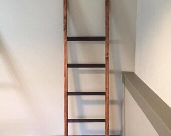 Houten Ladder Decoratie : Houten ladder hulp in huis of sfeermaker westwing