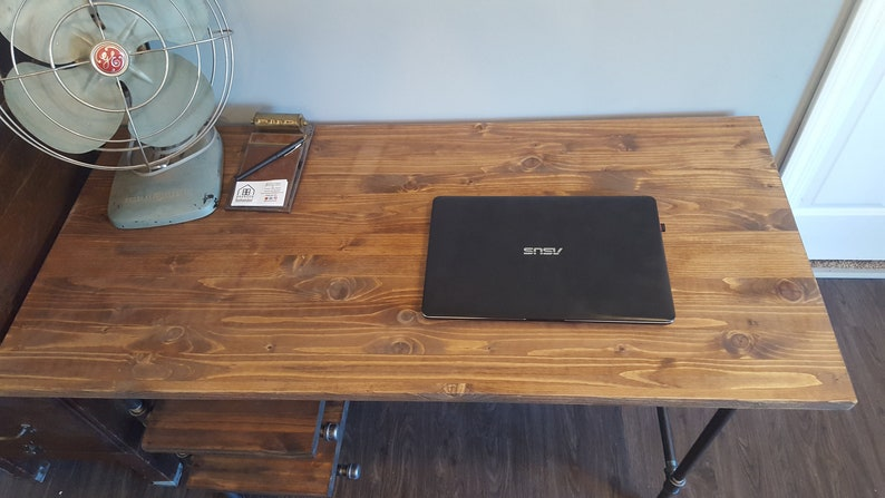 Computer desk and Gaming Desk Made of Walnut Wood, and epoxy resin