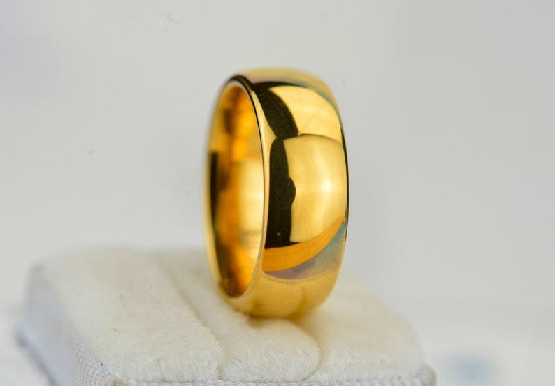 Yellow Gold Tungsten Men /& Women Tungsten Ring Yellow Gold Tungsten Wedding Band Tungsten Carbide 8mm Wide Free Engravings