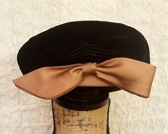 Dayton's Dusty Mauve Bow & Black Velvet Vintage Fascinator Hat