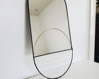 The Pillola - Large Mirror with White Spotted Glass & Brass