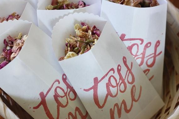 TOSS ME - Small Scalloped Bag