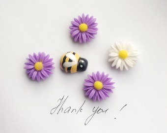 Flowers and bee fridge,memo,decor strong magnets.Set of 5. A little gift idea