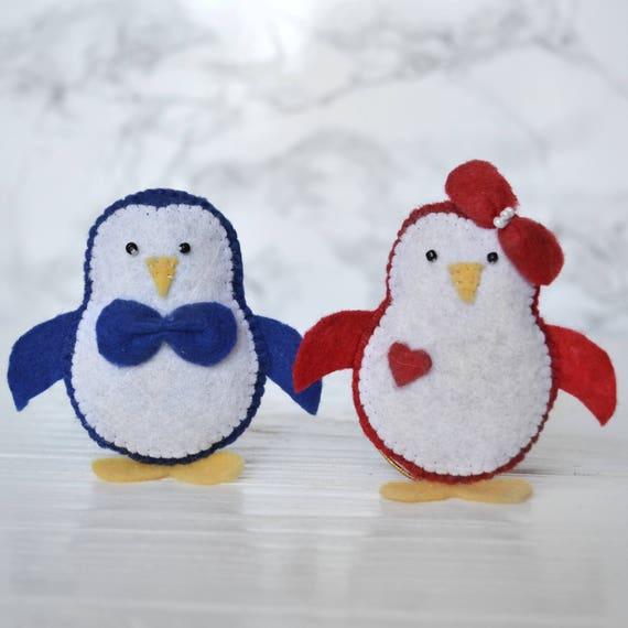 Pingouin bébé jouets ornement pingouin bleu et rouge jouets animaux décorations feutre poupée motif têtes d'animaux feutre art textile feutre jouets wall art