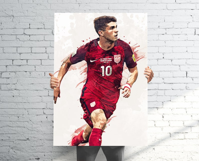 c2b85ec176b Christian Pulisic USMNT Poster - Sports Art Print Poster - Watercolor  Abstract Paint Splash - Kids Decor - Gifts for Men - Man Cave